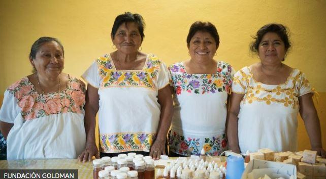 """Mujeres Mayas """"damas de la miel"""""""